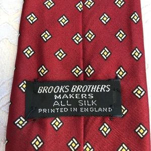 Brooks Brothers Makers All Silk Printed In England